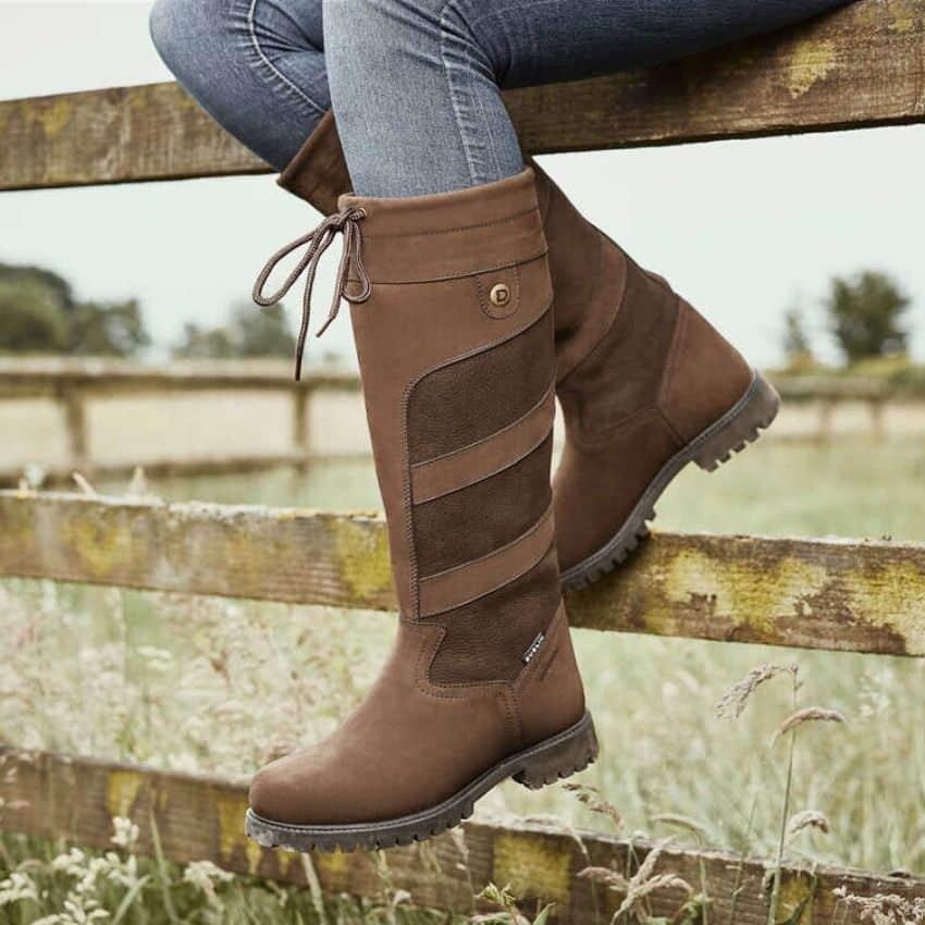 Staldstøvler er støvler specialiserede i komfort og sikkerhed både ude og inde.